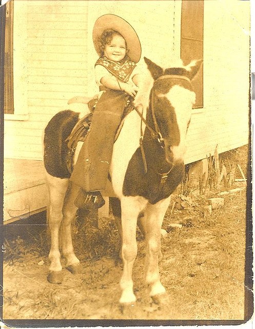 *Little Vintage Cowgirl: Camera, My Sister