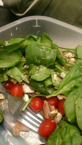 Spinach,  tomatoes,  feta, turkey rashers,  sunflower and pumpkin seeds,  balsamic vinegar