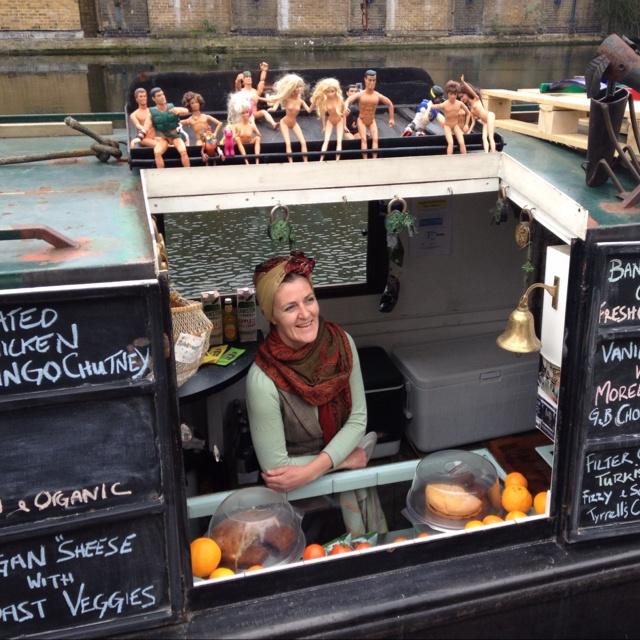 Canal cafe & bookshop, Hackney narrowboat.