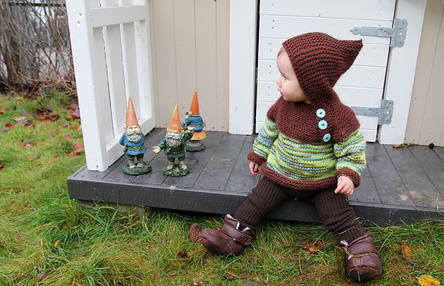 Watch this space Finn...momma's making you a blue one of these for autumn/winter!