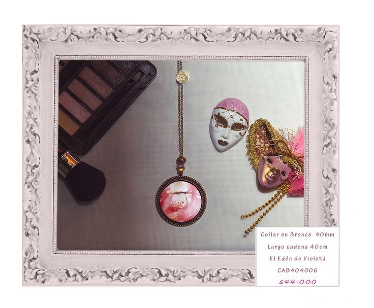Cadena en bronce 40mm. Las fotos usadas en estas joyas son fotografías de autor.Cada joyas es única en su imagen. Para hacer pedidos enviar un correo a violetadreamshop@gmail.com o un whatsapp 3214785207 con el código de la joya de su interés. #mujeres #negociosonline #emprendedoresonline #emprendimiento #diseño #handmadejewelry #100colombiano #handmade #publicidad #fashion #tendencia #art #tiendadediseño #nuevaspropuestas #nuevacoleccion #hechoconpasion #mujeremprededora #tbt…