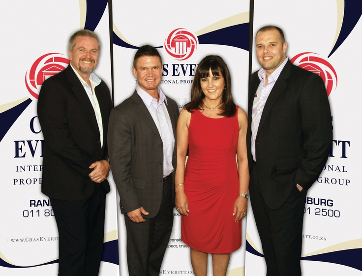 One of the best-known and most respected estate agents in Johannesburg's southern suburbs, Lucy Ferreira, has taken the exciting decision to join forces with the Chas Everitt International Property Group.  http://www.chaseveritt.co.za/news/well-known-johannesburg-south-estate-agent-lucy-ferreira-takes-her-team-to-chas-everitt/#