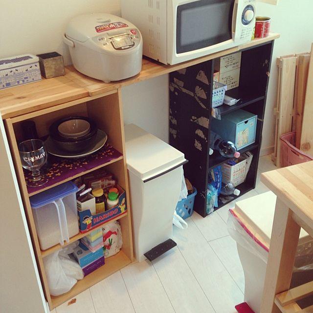 カラーボックスでできる 手作り机の簡単アイデア実例集 カラーボックス キッチン カラーボックス キッチン Diy