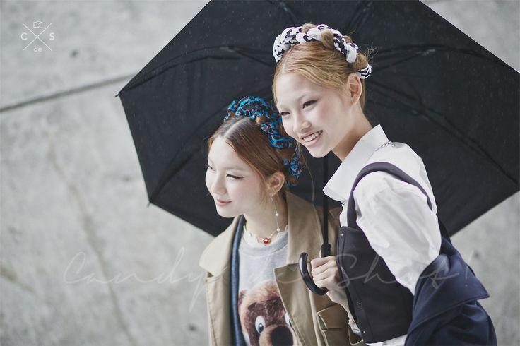 Seoul Fashion Week 2015 S/S Street style!!! #model #offduty #JungHoYeon #KimJinKyung 정호연 & 김진경