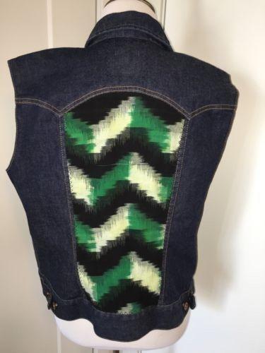 46.74$  Watch here - http://vizpb.justgood.pw/vig/item.php?t=oobfa4b59223 - Gull + Marie Denim Jacket Vest Ikat Stripe Vintage Jean Vest Jacket Coat womens