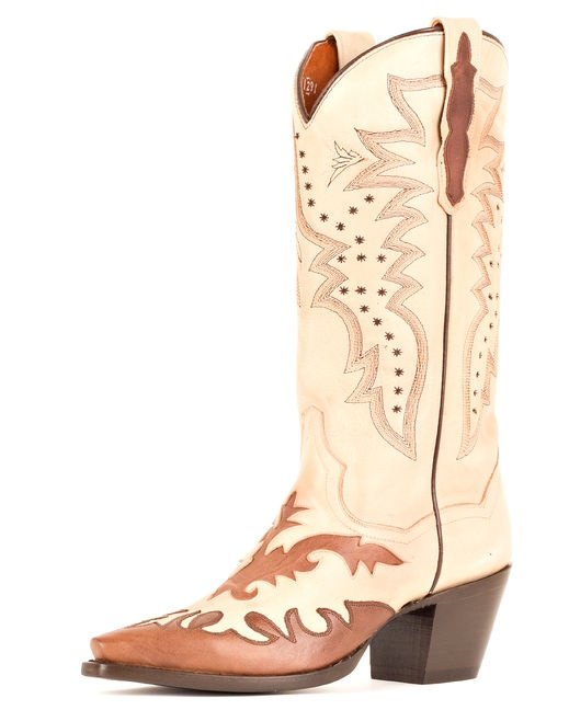 If I were having a cowgirl wedding, I would totally wear these with my dress. Really pretty design and colors.  Women's Wynona Boots - Beige/Chocolate