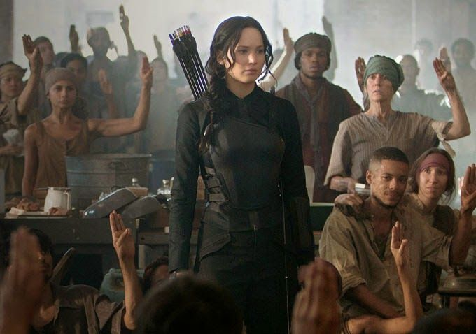 Ultimate 3D Movies: The Hunger Games - Mockingjay Part 1 : The First Full Length Trailer (Nov 2014)