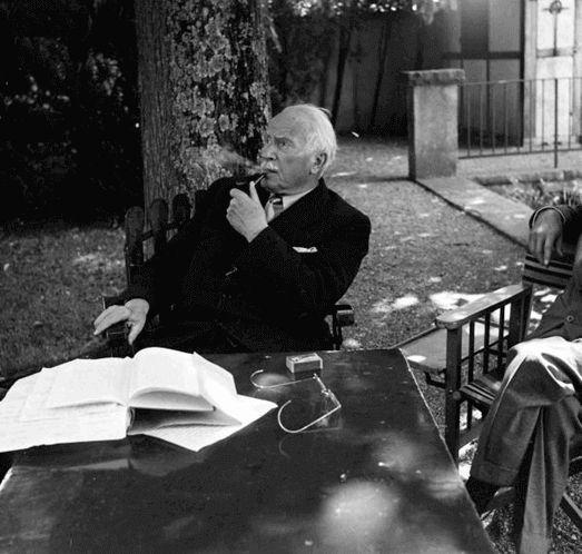Cafe Gradiva: Convorbire imaginara cu Carl Gustav Jung, 1/7