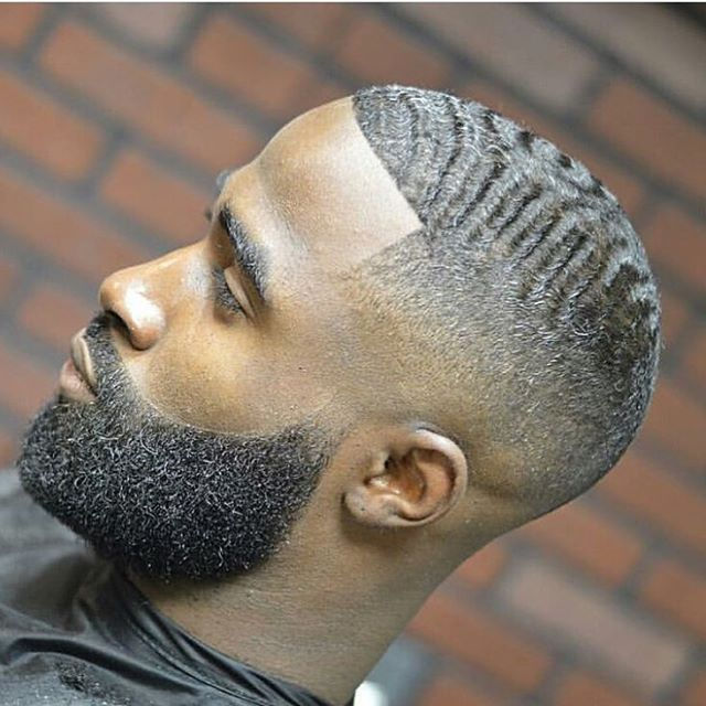 CLASSIC ✔️✔️...Gotta love a Bald Fade w/ waves. The beard is on point as well!  Great cut by @tre_trimz  ➖➖➖➖➖➖➖➖➖➖➖➖➖ #BaldFade #SkinFade #Classic #Beard ➖➖➖➖⏬FOLLOW⏬➖➖➖➖ @barberlessons_  @tre_trimz ✂️