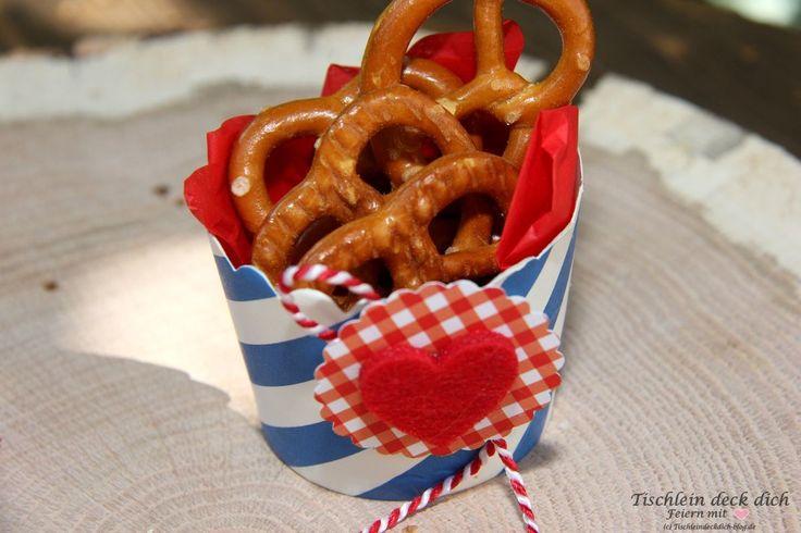 Oktoberfest Deko mit Herz Gastgeschenk