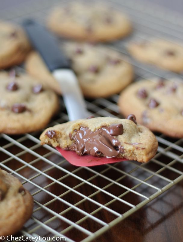 I took my favorite perfect chocolate chip cookie recipe and filled it with nutella! These Nutella Stuffed Chocolate Chip Cookies, made with browned butter, are so decadently delicious!