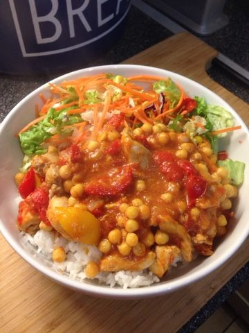 This is a super easy tasty dinner, It's a great one to make after work as it's so quick to make. I served it with rice but it would be good ...