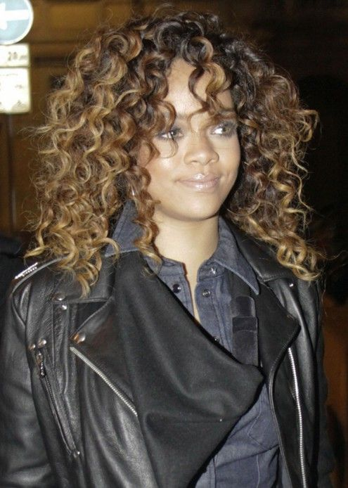 curly style for hair 25 unique rihanna curly hair ideas on rihanna 8323