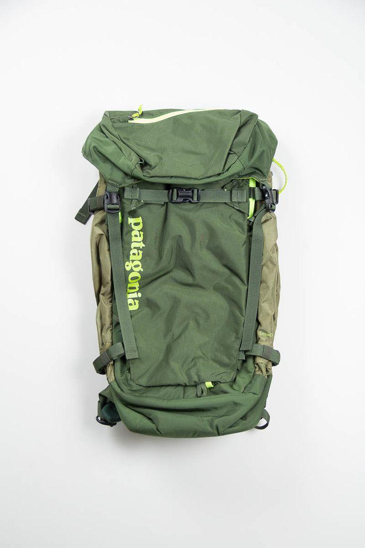 fatigue green 40l snow drifter pack by patagonia the bureau belfast bag pinterest. Black Bedroom Furniture Sets. Home Design Ideas