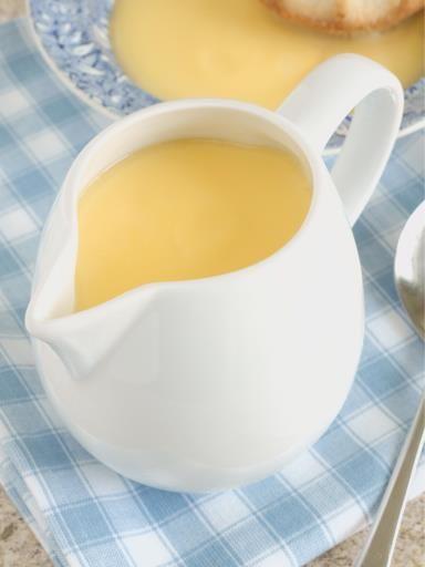 Crème anglaise réussie, onctueuse à souhait