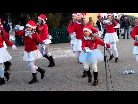Hunyadis karácsony - másodikosok - YouTube