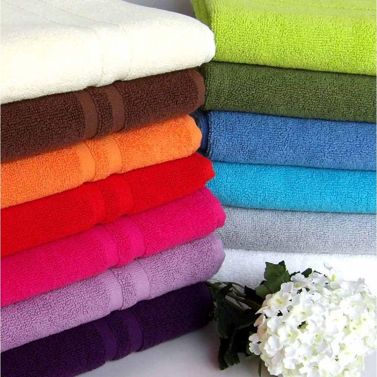 Alfombra de baño de toalla para pies en muchos colores. Fabricación portuguesa y algodón 100% de 550 gr/m2. Descuento progresivo por volumen.
