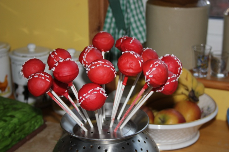 Cricket Ball Cake Pops