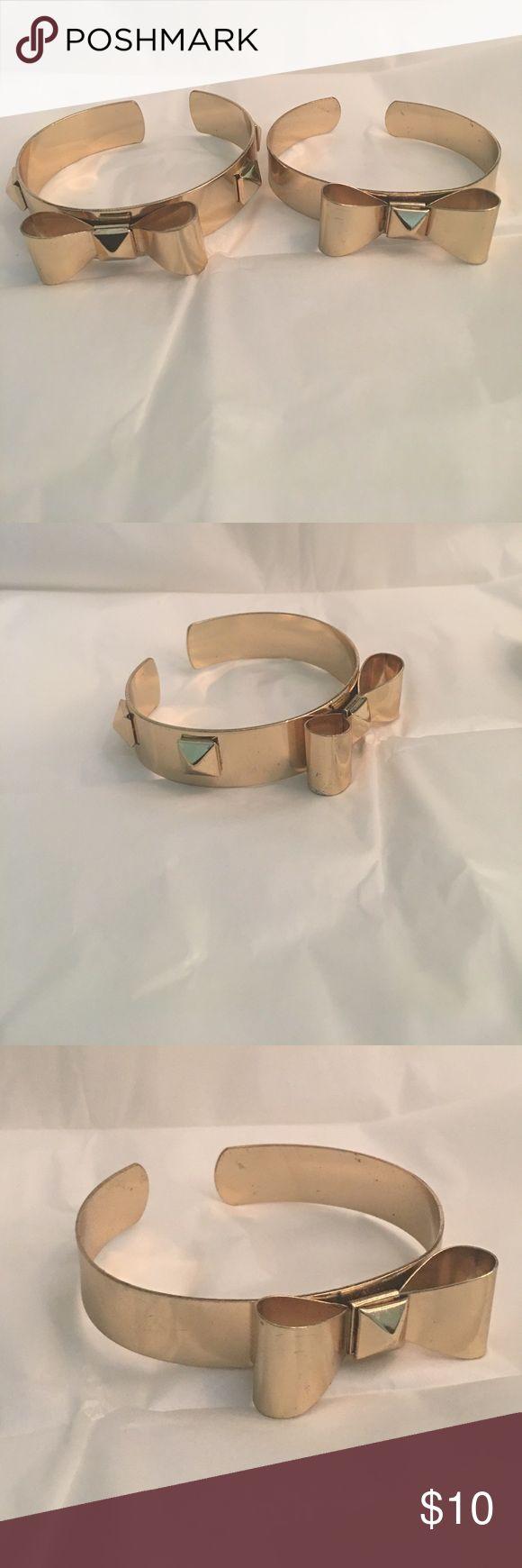✨Bow bracelet's ✨2 bow bracelets Jewelry Bracelets
