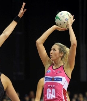 Bell positive about long-range forecast - ERIN Bell was bemused when asked recently why she hadn't shot a 100 per cent game during her ANZ Championship career.