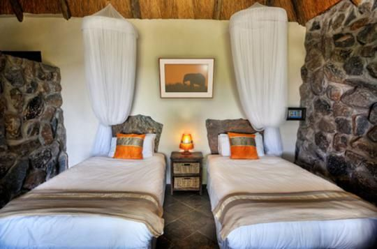 Twin Room at Thamalakane River Lodge (Maun, Botswana)