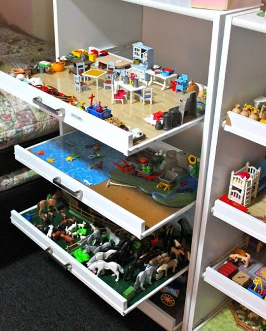 Organize your child's toys with pull out drawers. Keeps playing and cleaning up so easy!