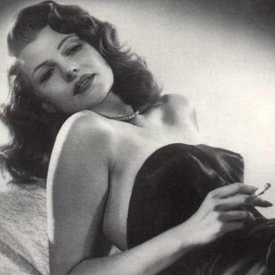 old hollywood glam - Rita Hayworth