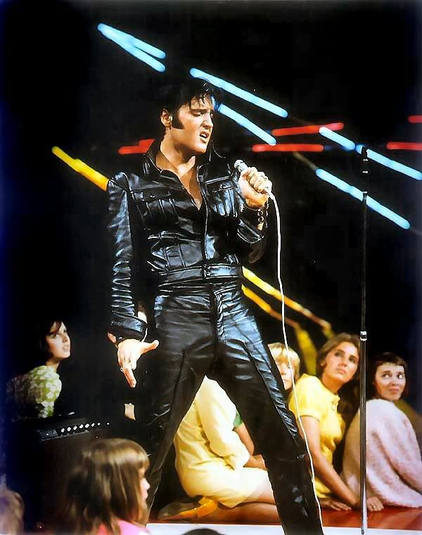 A leather clad Elvis Presley going for it in his 1968 TV Comeback Special  sc 1 st  Pinterest & 165 best Elvis...the incomparable. images on Pinterest | Young elvis ...