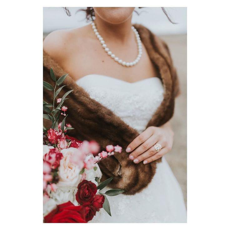 Fur pearls & rich shades of burgundy = classic glamour  : @breeze.photography  Florist: @occasionalbloomyyc  #bride #fashion #style #elegance #bridalportrait  #luxury #furstole  #yycwedding  #yycweddingplanner  #smittenandco  #smittenweddings  #calgarywedding #calgaryweddingplanner  #classicstyle
