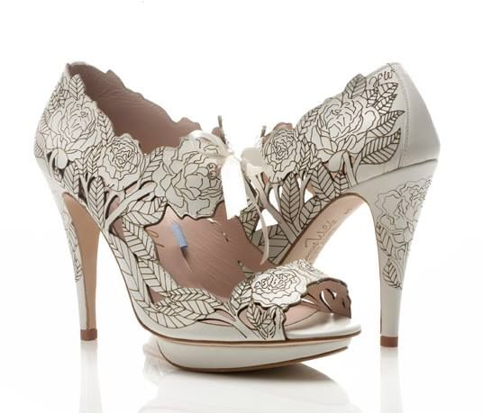 There is little doubt that shoes are one of the biggest accessories for a couple on their wedding day. But there are still many people who underestimate the importance of wedding shoes in Melbourne…