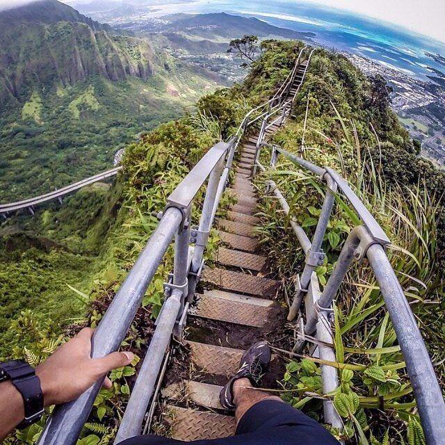 "tentree: ""Hiking the Haiku Stairs in Oahu Hawaii | PC: @MiguelToralba"""