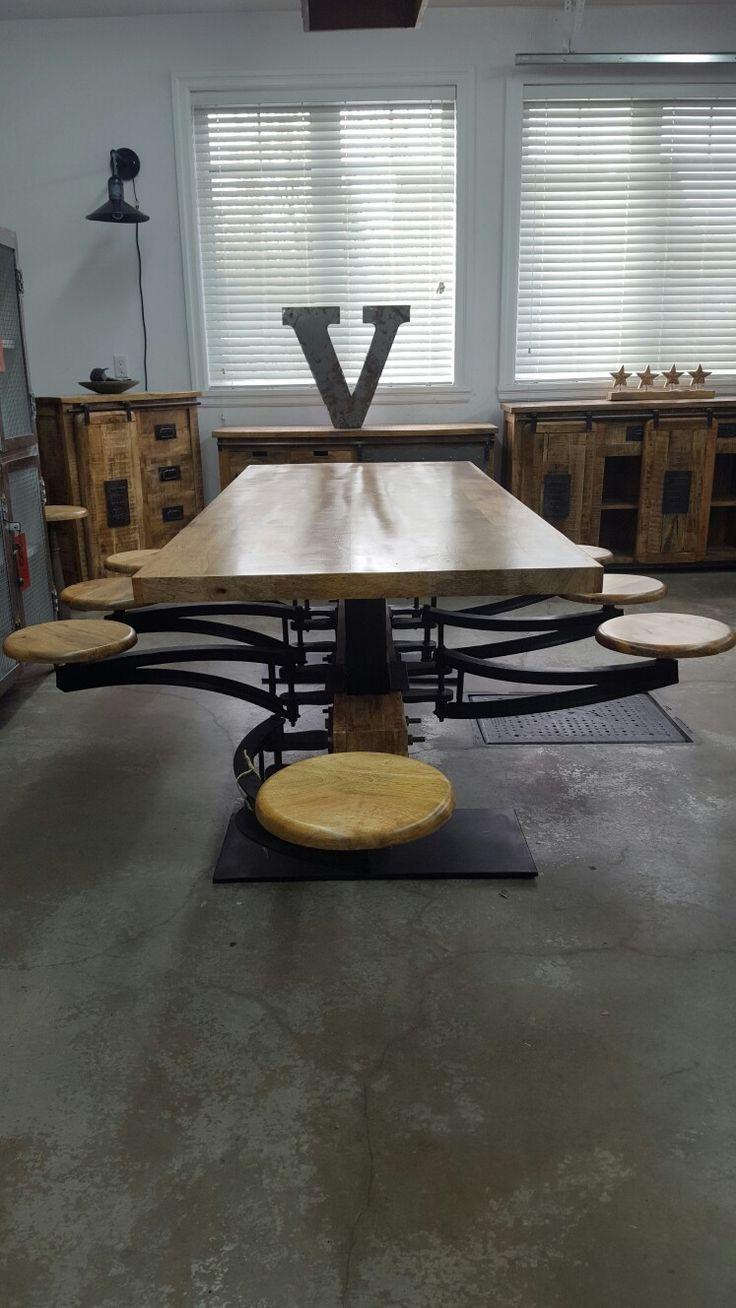 Table design industriel 8 siege escamotable dessus en bois de manguier