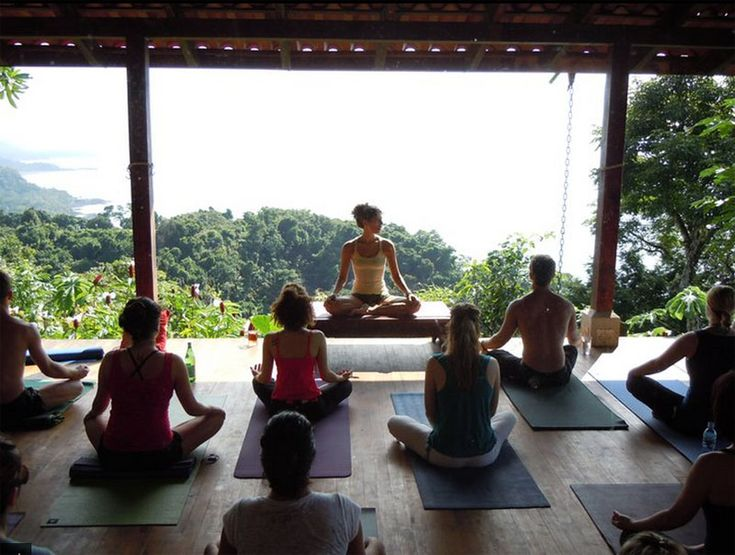 Yoga Retreat Somewhere Tropical Where You Do Yoga
