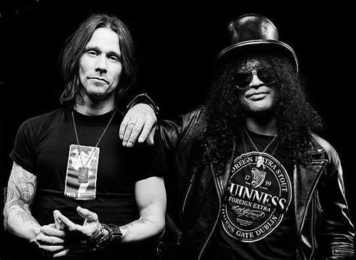 Slash & Myles Kennedy and be it ALterbridge , the Conspirators they all are rocking