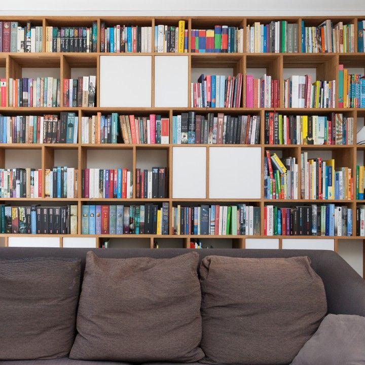 25 beste idee n over architectuur ontwerp op pinterest moderne architectuur architectuur en - Eigentijdse boekenkast ...