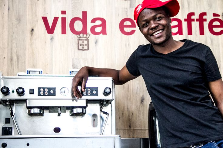 We offer a hug in a cup and the warmest, smiling faces to welcome you to the Vida Family #vidacaffe #vidacoffee #lifeandcoffee