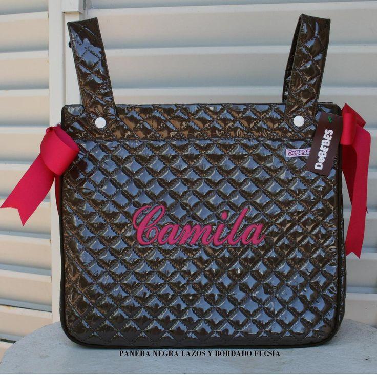 Bolso panera plastificada negra bordado fucsia. http://www.primeraedad.es/b2c/producto/PaneraB