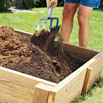 how to break up clay soil