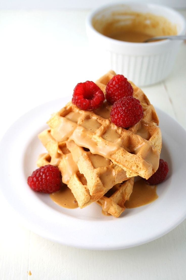 Low Carb Peanut Butter and Berry Waffles