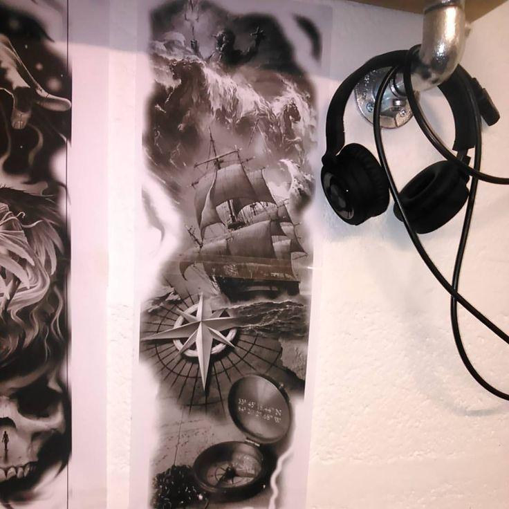 "35 Beğenme, 3 Yorum - Instagram'da - Bart Hugo - (@bartmoskwa): ""#poseidon #tattoo #ship #compas #star #water #ocean #sleeve #tattoo #design"""