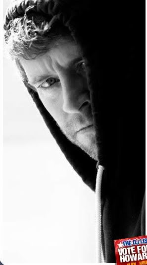 Howard Donald (April 28, 1970) British singer, o.a. known from boyband Take That.