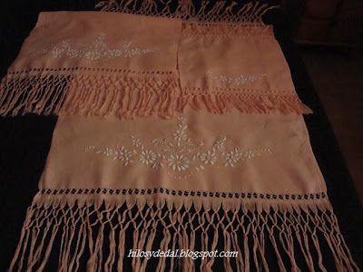 Juego de toallas de lino bordadas y caladas Traje típico de Santa Cruz de bebé Traje típico de La Orotava de niño Cal...