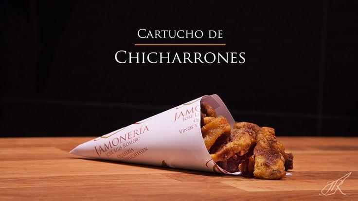 Chicharrones Gourmet Cone. Jamonería José Luis Romero. Seville, Spain. // Cartucho de Chicharrones. Sevilla, España.