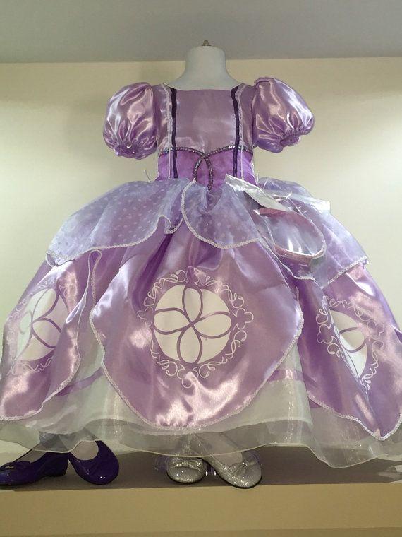 El primer vestido traje de Sofía Sofía el primer por Aledresses