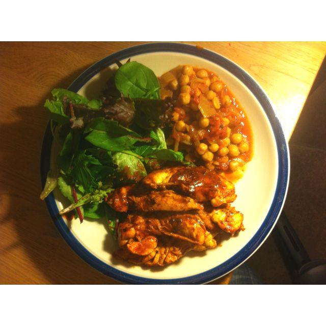 #4hb Four hour body Dinner. Tandoori chicken, beans, salad