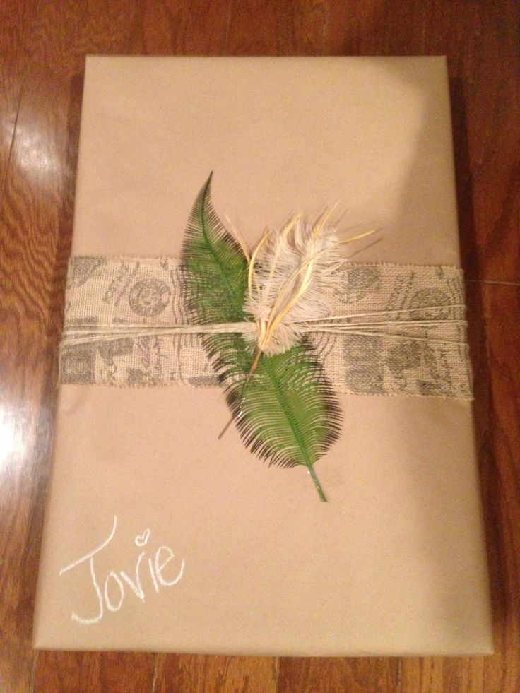 Use craft paper with burlap, a fern, and a feather to make a pretty ...