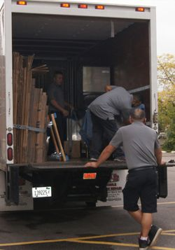 Alliance Moving & Storage is a #moving  company, which provides Residential, Commercial, Packing & unpacking services in #Illinois, #Indiana, and #wisconsin  through experienced On-site Teams. It also provides a guarantee to arrive safe and undamaged. For more details visit site.