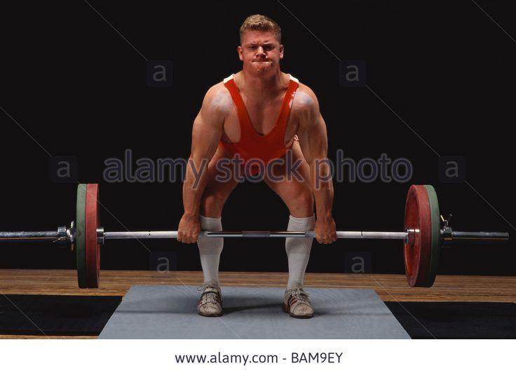 olympic-style-weightlifter-in-action-BAM9EY.jpg (1300×945)