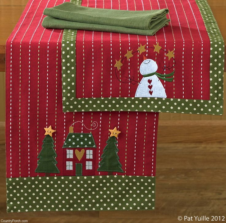 Look at that sweet house.  I love the heart.  - - - Home for Holidays Table Runners