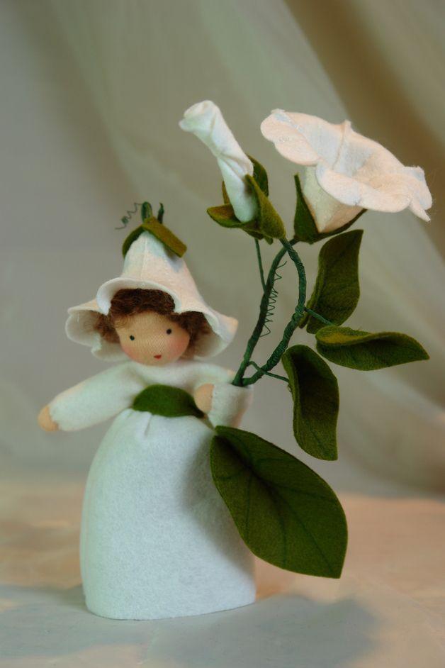 Frühling - Ackerwinde** Blumenkind **Jahreszeitentisch - ein Designerstück von Katjas-Puppenstuebchen bei DaWanda